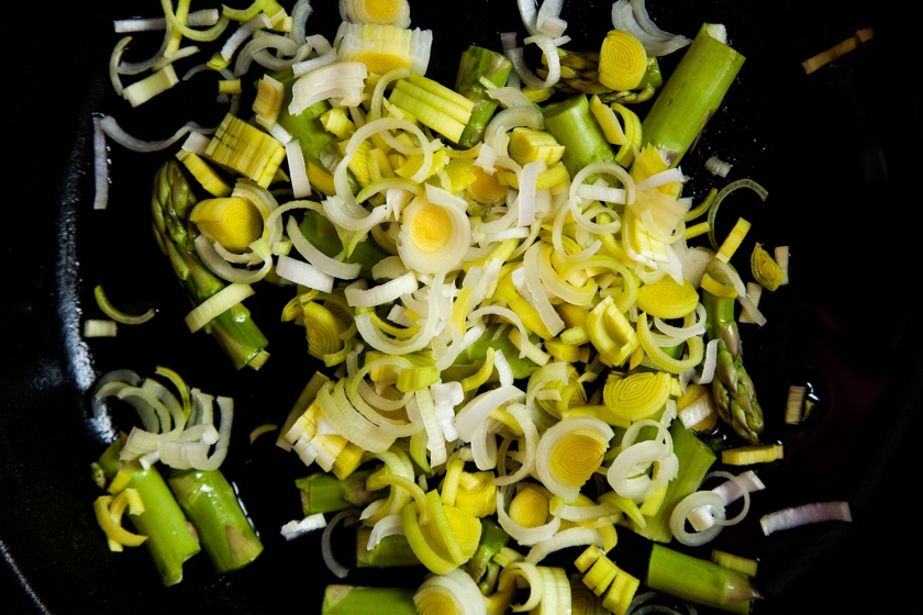 Leeks and asparagus are great friends in this dish! Both have a subtle flavor.